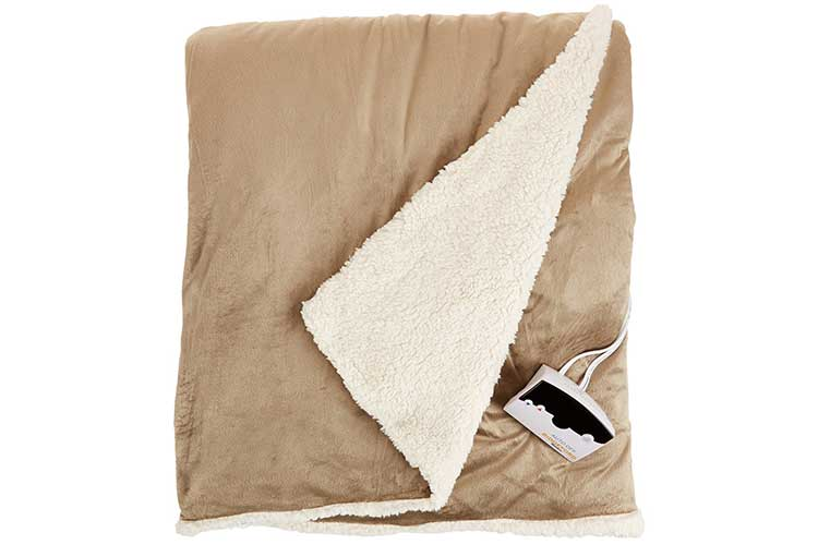 Biddeford-72-by-84-Inch-Heated-Micro-Mink-Sherpa-Blanket